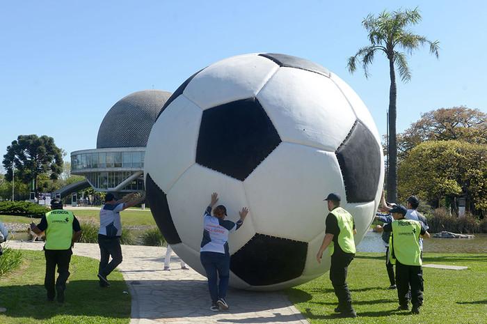 balon, futbol, instalacion, obra